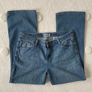 Levi's Low Rise Bootcut Jean, 16 Medium